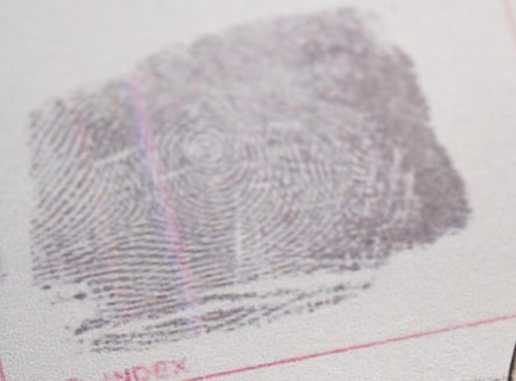 Digitaler Fingerabdruck: Wie privat ist eigentlich noch unser Reisepass?