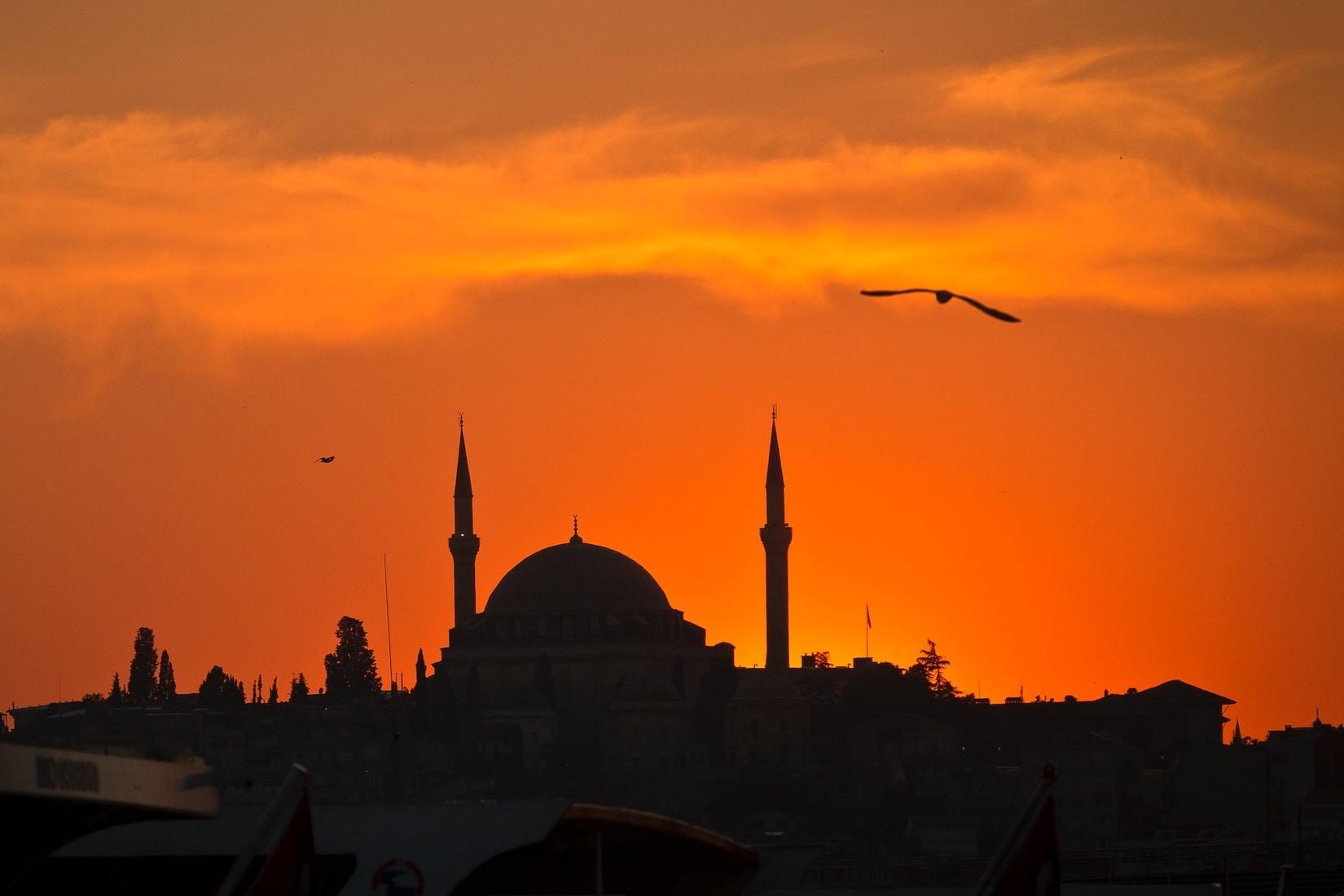 Wenn der Muezzin im Urlaub zum Gebet weckt