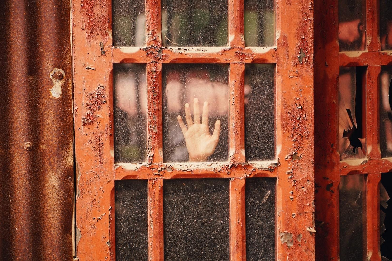Mietminderung, wenn mein Vermieter sich weigert, die Fenster zu streichen?
