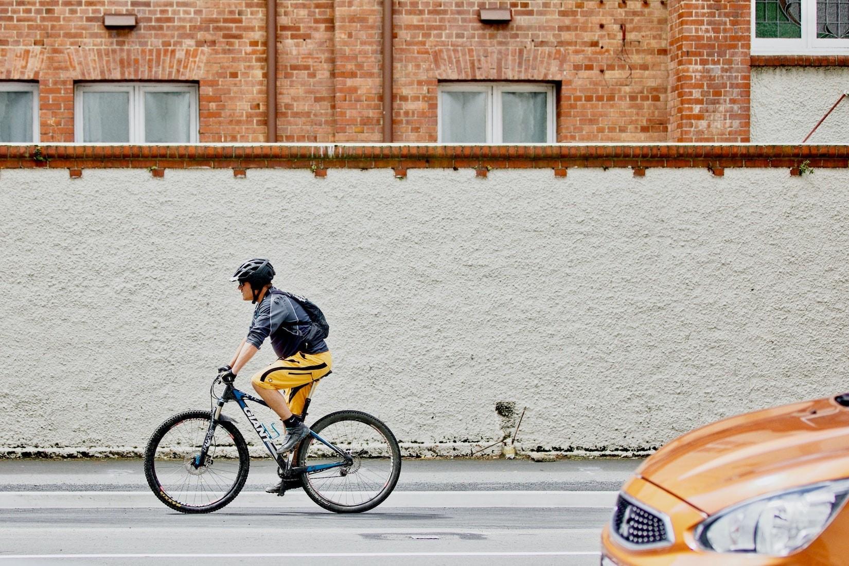 Gilt das Tempolimit eigentlich auch für Radfahrer